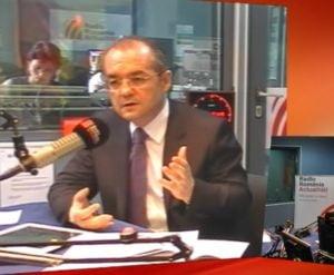 Boc: Nastase sa isi ceara scuze de 6 miliarde de ori pentru contractul Bechtel