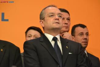 """Boc: Opozitia nu e """"Nufarul"""" sa-l spele pe Antonescu, sa fie inger neprihanit"""