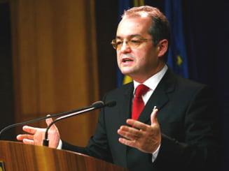 Boc, acuzat ca in discursul de la motiune a invocat declaratii false ale unui mare economist