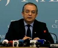 Boc, despre Schengen: Romanii pierd, nu Ponta si Antonescu. Ei au pasapoarte diplomatice