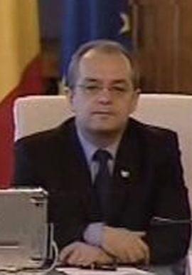 Boc, despre profesorii care n-au fost lasati in plen: Nu sunt membru al Parlamentului