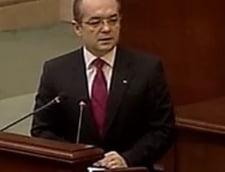 Boc, in Parlament: Pentru siguranta bugetarilor, respingeti motiunea! (Video)