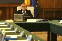 Boc ameninta cu demiterea ministrii care nu-si fac planul pe 2011