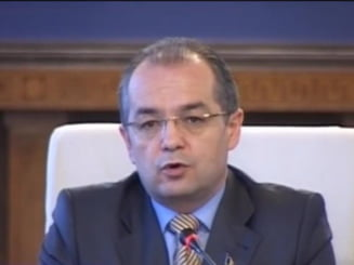 Boc propune asumarea raspunderii Guvernului pe masurile anticriza (Video)