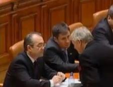 Boc s-a dus in Parlament sa asculte motiunea de cenzura