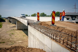 Bode: Lotul I din Sebes-Turda, sectiunea Rasnov-Cristian si primul tronson de autostrada din Moldova ar putea fi inaugurate in acest an