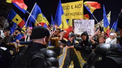 Bode se arată mulțumit că 15.000 de oameni au protestat pașnic în București. Jandarmii, pe de altă parte, au anunțat 42 de amenzi
