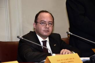 Bogdan Aurescu, propus in locul lui Motoc la Externe - Basescu a acceptat
