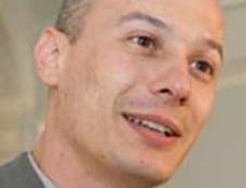 Bogdan Olteanu: Nu ne simtim atrasi nici de Oprescu, nici de Blaga