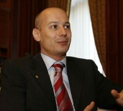Bogdan Olteanu, candidatul fara adversar