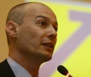 Bogdan Olteanu va introduce singur lustratia pe agenda de lucru a Camerei