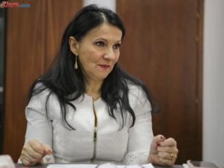 Bolnavii cu HIV, carne de tun pentru razboiul Iohannis-Guvern: Presedintia o acuza pe Pintea de manipulare