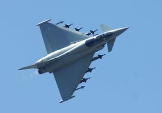 Bombardiere rusesti depistate in spatiul britanic: Avioane militare, trimise pentru interceptare