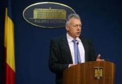 Borbely, de la aeroport, direct la Guvern - a discutat cu Boc despre acuzatiile de coruptie