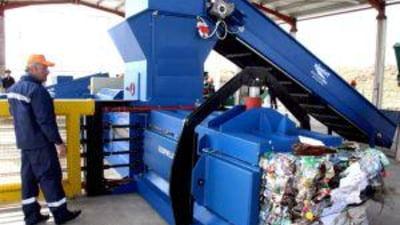 Borbely promite o retea nationala de colectare selectiva a deseurilor
