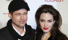 Brad Pitt si Angelina Jolie - 12 bone pentru vacanta de Sarbatori