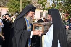 Braul Maicii Domnului - din Grecia, la Manastirea Partos, din Timis