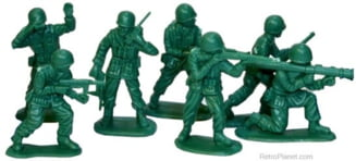 Bravii soldati de birou, gata sa atace Rusia (Opinii)