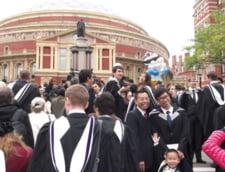 Brexit: Ce se intampla cu taxele pentru studentii din UE?