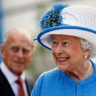 Britanicii s-au saturat sa plateasca pentru palatul in care sta regina si au initiat o petitie