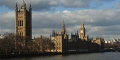 Britanicii vor putea fora dupa gaze de sist sub parcurile naturale