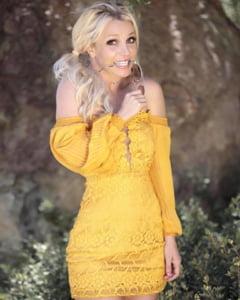 Britney Spears s-a internat intr-un spital de psihiatrie