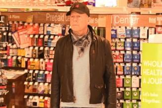 Bruce Willis, scandal intr-o farmacie. A fost dat afara pentru ca a refuzat sa poarte masca