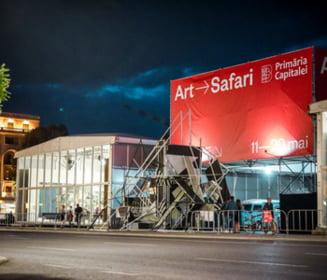 Bucureștenii pot vizita în continuare pavilionul de artă Art Safari. Programul, prelungit până pe 3 octombrie