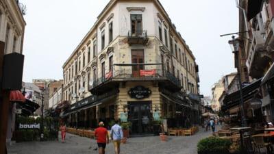 Bucureștiul intră în scenariul roșu de la miezul nopții. Accesul în restaurante, doar cu certificatul verde COVID