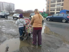 Bucurestenii ies in strada: Cer amenajarea unui parc in locul unui teren lasat in paragina