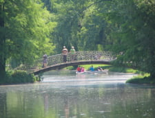 Bucuresti: S-a aruncat in Lacul Tineretului dupa ce a consumat etnobotanice