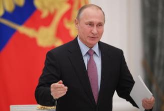 Bucurie si deceptie in Rusia dupa ce Putin a anuntat ca va candida pentru un nou mandat