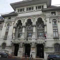 Bugetul Capitalei pe 2011, rectificat din nou - Primaria ia bani de la RADET si RATB