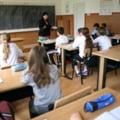 """Bugetul colosal alocat pentru """"ore remediale"""". Cati bani ar urma sa incaseze in medie fiecare profesor participant la program"""