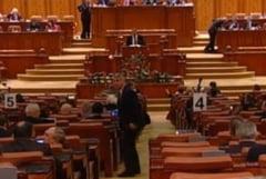 Bugetul tot nu a fost adoptat in Parlament - Votul se va relua miercuri