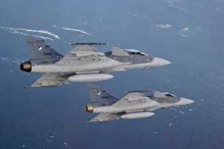 Bulgarii cumpara avioane noi de la Saab - Romania prefera F-16 la mana a doua