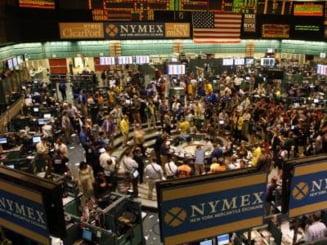 Bursele cad in urma vestilor proaste din SUA