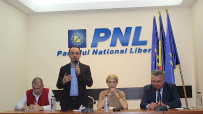 Busoi candideaza la sefia PNL sub sloganul lui Iohannis, cu atacuri la inamicul PSD