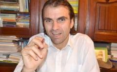 Buzoianul Emil Moise, victorie la Curtea Constitutionala impotriva orelor de Religie
