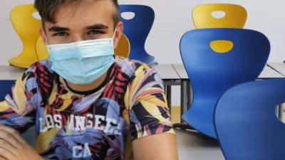 Cîmpeanu: Nu s-a aprobat încă formularul de exprimare a intenţiei de vaccinare anti-COVID ce urmează să fie transmis şcolilor