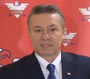 """C.Diaconescu, despre """"prostitutia politica"""": Suntem pe cale sa invatam de la UDMR"""