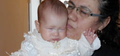 CAMPANIE: Ajutati o copila de 7 luni sa nu mai traiasca in intuneric!