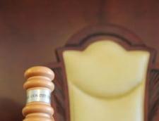 CCR: Legea pentru alegerea presedintelui e imperfecta. BEC nu poate realiza un control efectiv al semnaturilor