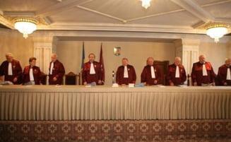 CCR: Parlamentul nu poate decide cine reprezinta Romania la Bruxelles