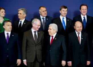 CCR: Presedintele angajeaza Romania pe plan extern, premierul executa