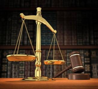 CCR: Solutionarea unei plangeri de catre judecator fara participarea partilor, neconstitutionala