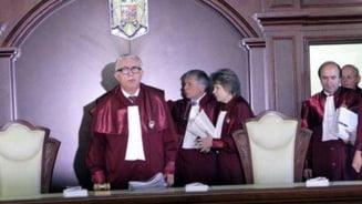 CCR, decizie in legatura cu prezidentiabilii suspectati ca ar fi ofiteri acoperiti