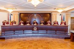 CCR așteaptă până pe 15 septembrie punctele de vedere pentru moţiunea de cenzură. Ședința de judecată, stabilită ulterior