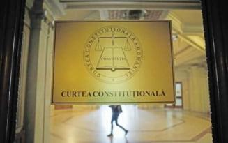 CCR a admis, partial, sesizarea Inaltei Curti cu privire la transferul magistratilor si la reducerea vechimii pentru procurorii DNA si DIICOT