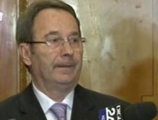 CCR a admis contestatia lui Tariceanu pe OUG 13: DNA a perturbat activitatea Guvernului